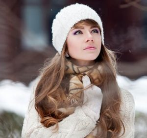 Way To Protect Curly Hair In Winter2